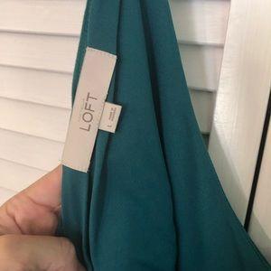 LOFT Dresses - Like new super cute Loft twistback sun dress L